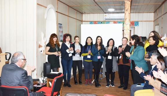Girne'de kadın sanatçılar çalışmalara başladı