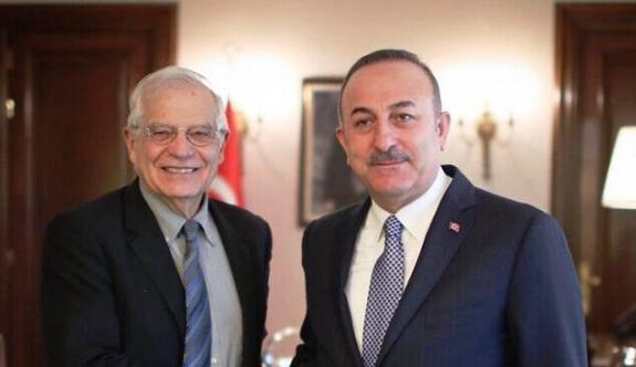 Çavuşoğlu: Kıbrıs'ta diyalog başlatmaya hazırız