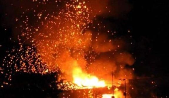 Çatalköy'de Susan Harris'e ait ikametgahın bar bölümünde yangın çıktı