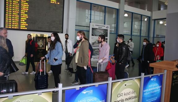 Yurt dışından gelecek öğrencilere bir hafta izolasyon şartı getirildi