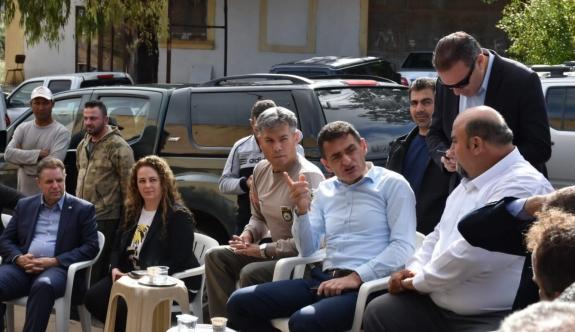 Bakan Oğuz, Karpaz'da afet bölgesinde incelemede bulundu