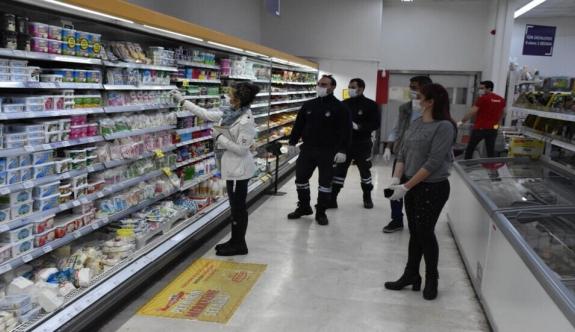 Girne Belediyesi'nin gıda ve koronavirüs denetimleri devam ediyor, 873 iş yeri denetlendi