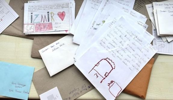 Lefkoşa'dan İzmir'e dayanışma mektupları postalandı