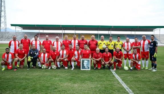 Meclis ve Belediyeler Birliği takımları Meclis Kupası maçında karşı karşıya geldi