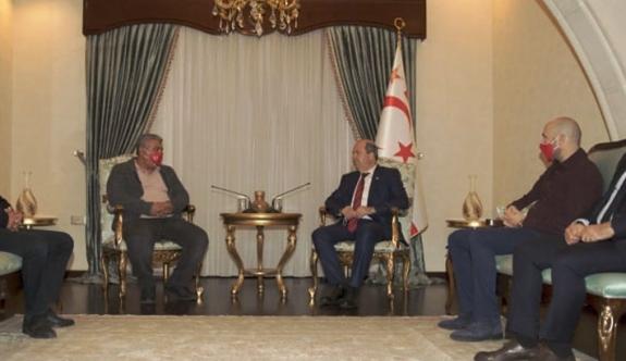 Cumhurbaşkanı Tatar, Girne Halk Evi heyetini kabul etti