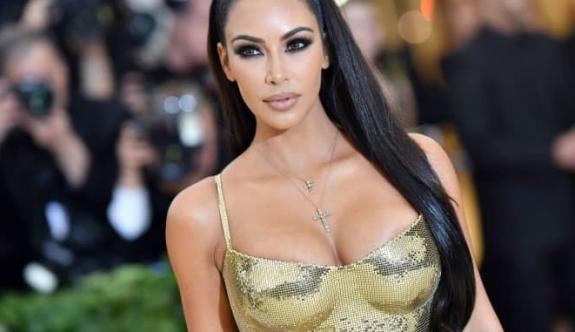 Kardashian ile West boşanıyor