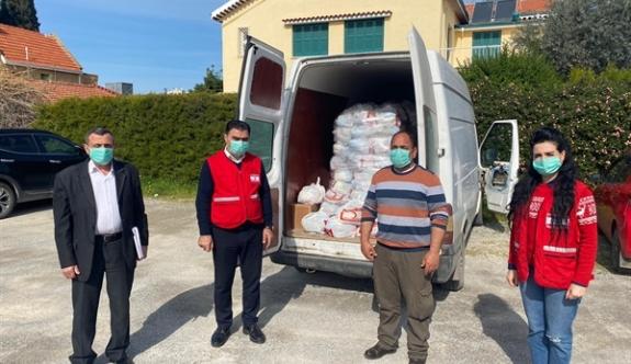 Kızılay'ın gıda yardımları devam ediyor