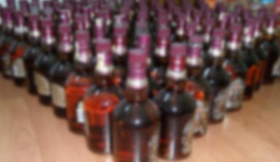78 şişe içki çaldılar