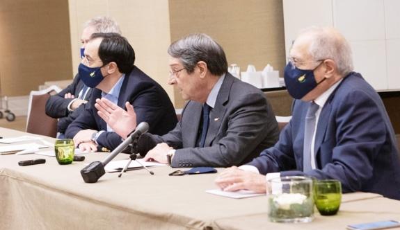 Anastasiadis, basın toplantısı düzenledi