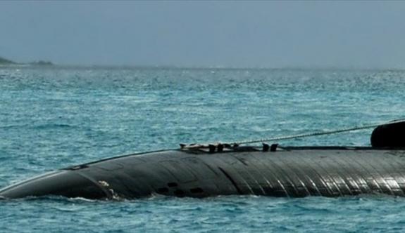 Endonezya denizaltısının personeli hayatını kaybetti