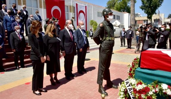 Rüstem Tatar için Cumhuriyet Meclisi'nde tören