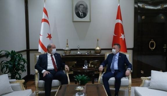 Tatar, Fuat Oktay'ın onuruna verdiği iftara katıldı