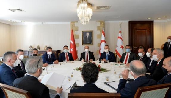 Tatar ve Çavuşoğlu'nun düzenlediği toplantı sona erdi