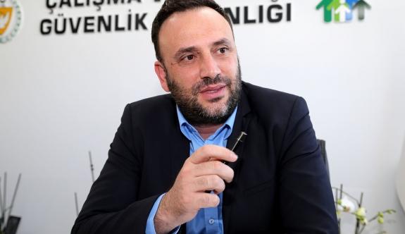 """Zeki Çeler """"Ülkeyi kilitler"""""""