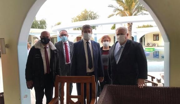 Bakan Üstel'den Pembe Köşk'e ziyaret
