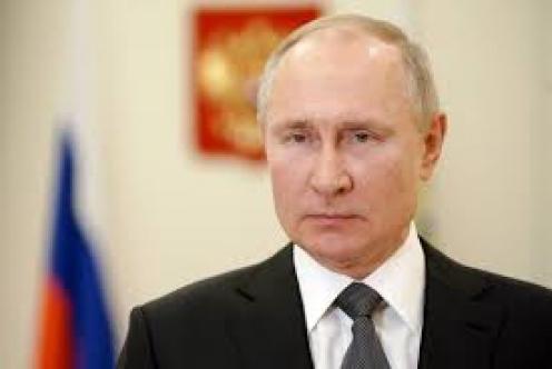 """Putin """"Sputnik aşısı kalaşnikof kadar güvenilir"""""""