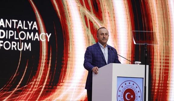 """Çavuşoğlu """"Yunanistan tahriklerden vazgeçmeli"""""""