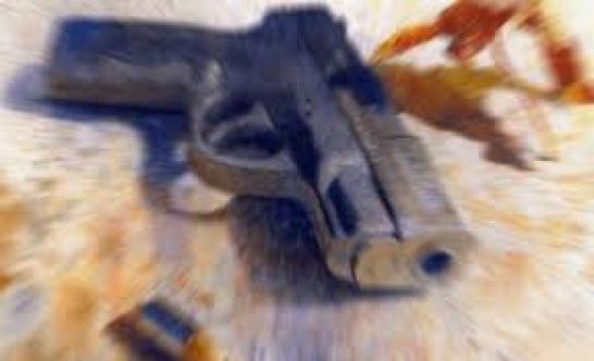 Bir evde silah ve uyuşturucu bulundu