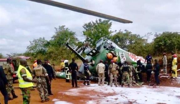 Askeri helikopter düştü: 5 ölü