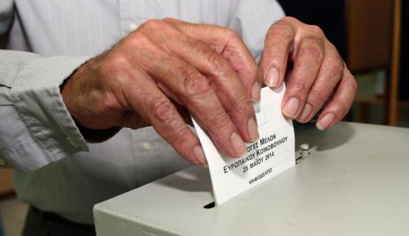 Güney Kıbrıs'ta seçimler erteleniyor