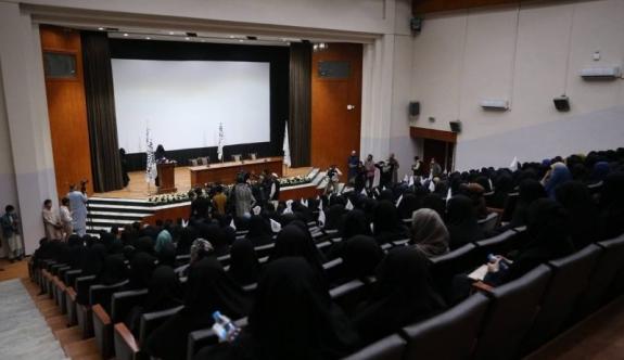 Kabil'de kadınlardan Taliban'a destek etkinliği