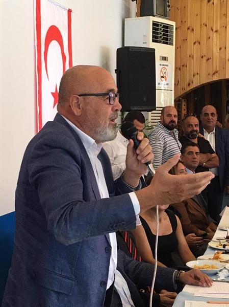 """Yönlüer """"Zaroğlu desteklemeyecek"""""""