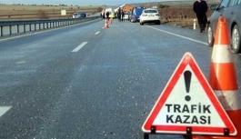 Lefkoşa-Dikmen Anayolundaki Trafik Kazasında 1 Kişi Öldü, 2 Kişi Yaralandı