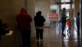 ABD'de oy kullanma başladı