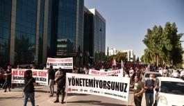 28 belediye personelinden eylem